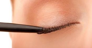 Eyeliner come utilizzarlo